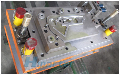 Auto seat stamping die before delivery